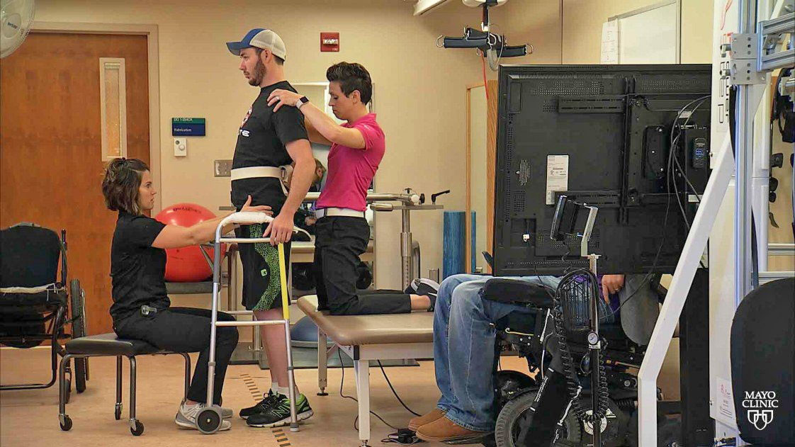 Image result for Patients with spinal cord injury return to walking thanks to electric stimulation