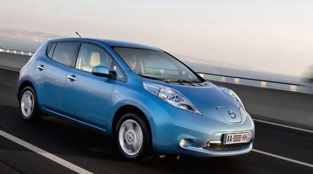 new nissan leaf comes to the uk with battery leasing option extended range. Black Bedroom Furniture Sets. Home Design Ideas
