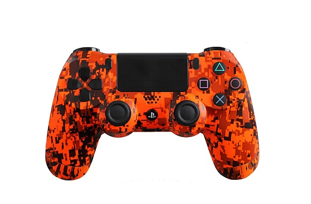 evil controllers goes next gen with ps4 and xbox one gamepads custom controllers en route. Black Bedroom Furniture Sets. Home Design Ideas