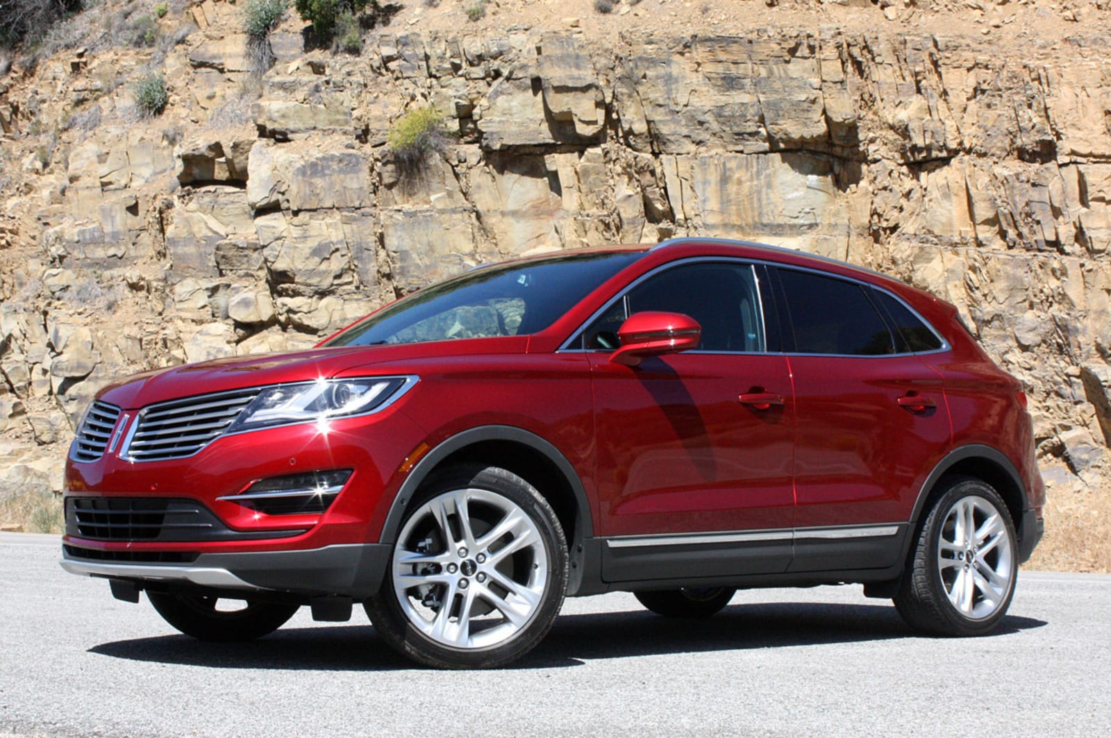 Lincoln adds more pre-owned vehicles to its subscription service pilot