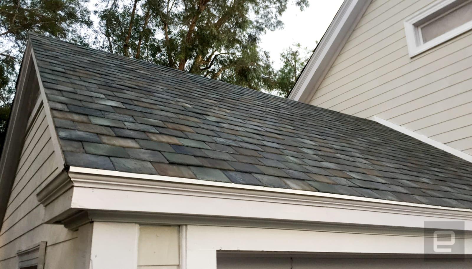 Tesla has finally begun manufacturing solar roof tiles aol roberto baldwin dailygadgetfo Choice Image