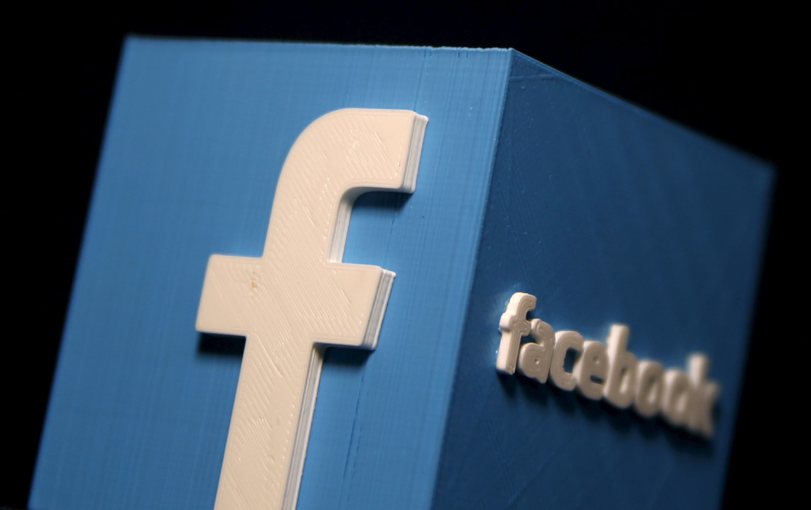 Facebooks news subscription service will debut on android not ios dado ruvic reuters buycottarizona Image collections