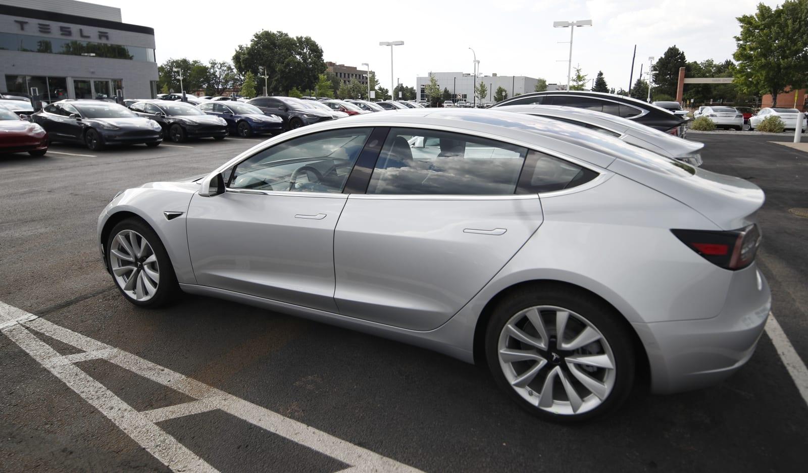 Tesla - cover