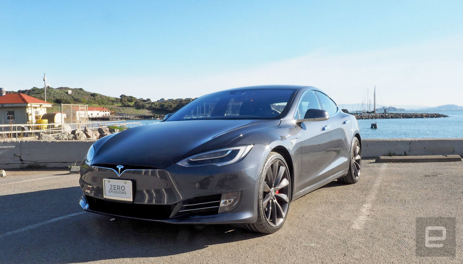Tesla cuts the price on its entrylevel Model S by 5000