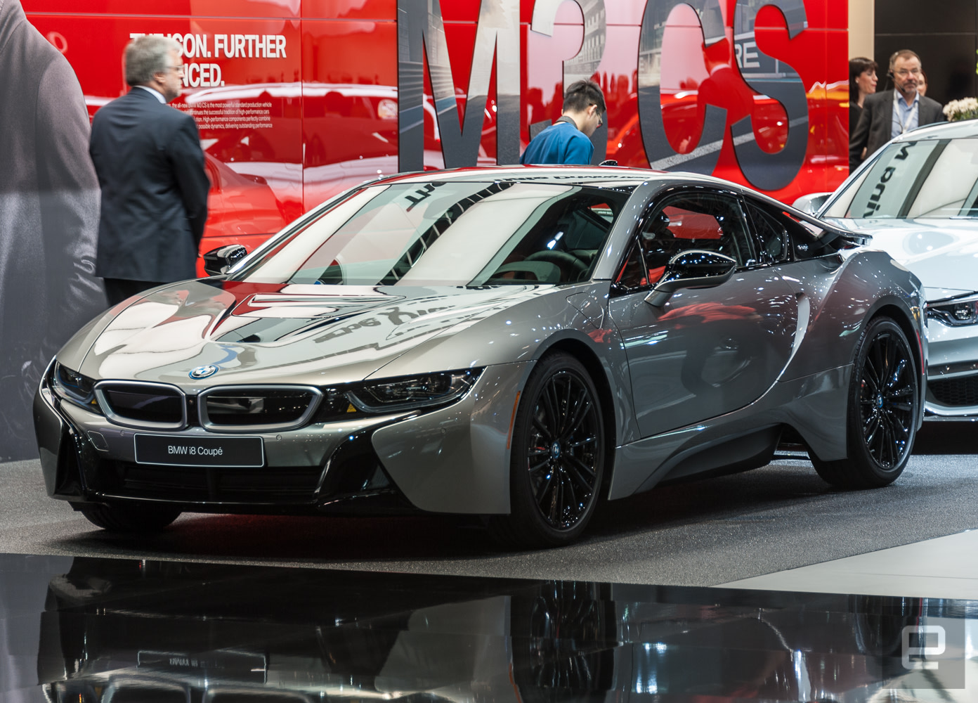 bmw 39 s latest hybrid is the i8 coupe. Black Bedroom Furniture Sets. Home Design Ideas