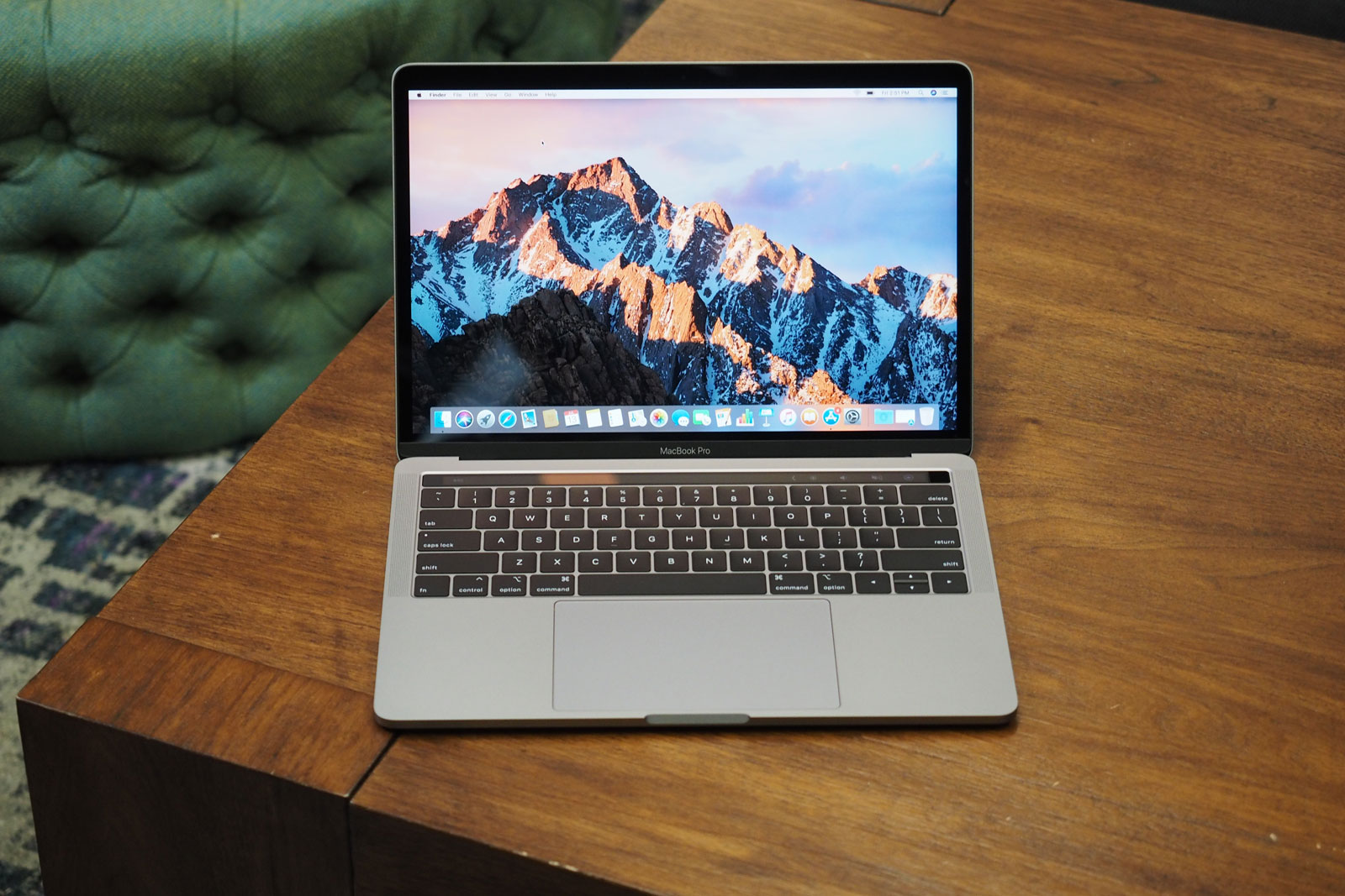 Macbook pro 2018 hands on quieter keyboard 39 hey siri How to clean the exterior of a macbook pro