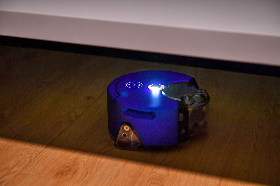 Dyson S Second Robot Vacuum Isn T Afraid Of The Dark