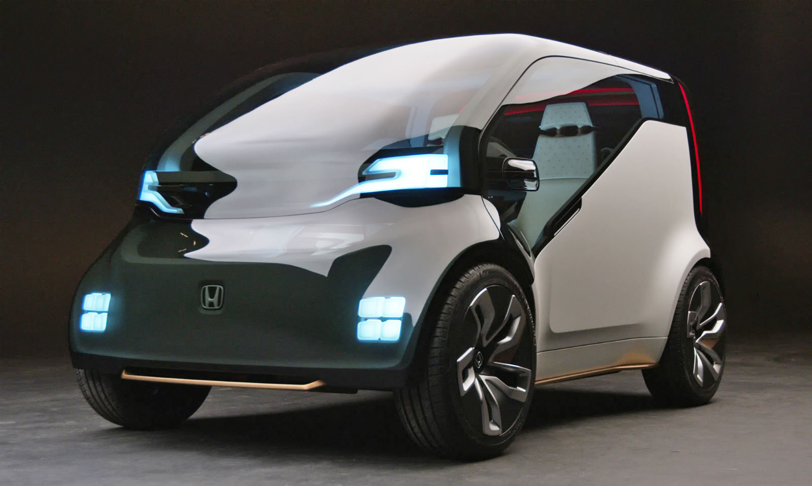 Honda\'s connected cars will communicate over 5G