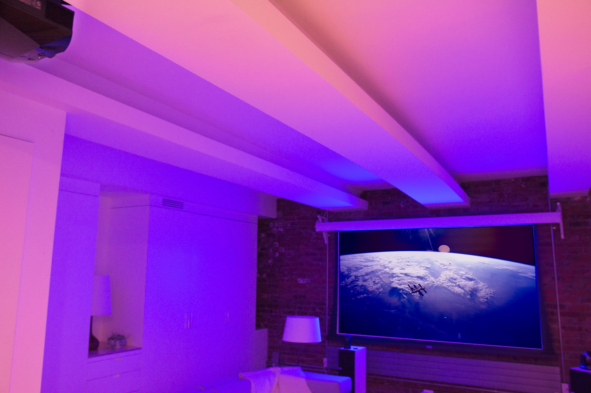 The Best Gear For Building Your Home Theater Wiring A Projection Tv