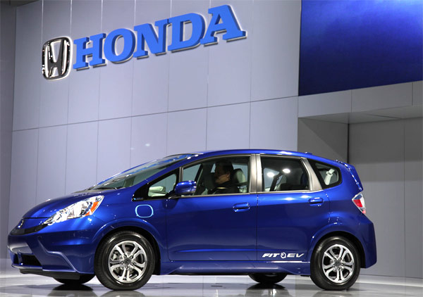 Honda fit ev goes lease only for 2012 should hit us next summer for 399 per month video for Honda fit lease price