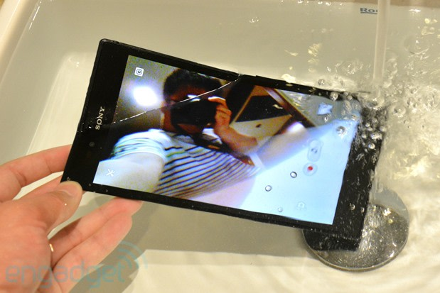 Sony Xperia Z Ultra hands-on redux: benchmark and camera ...