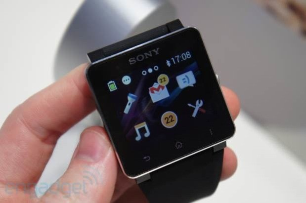 Sony's SmartWatch 2 hits IFA, we go wrists-on