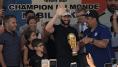 Nabil Fekir, premier Bleu à rentrer chez lui, reçoit les honneurs dans le club de ses