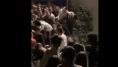 Vídeo: El momento en el que colapsa una de las barandillas de la discoteca de Ancona
