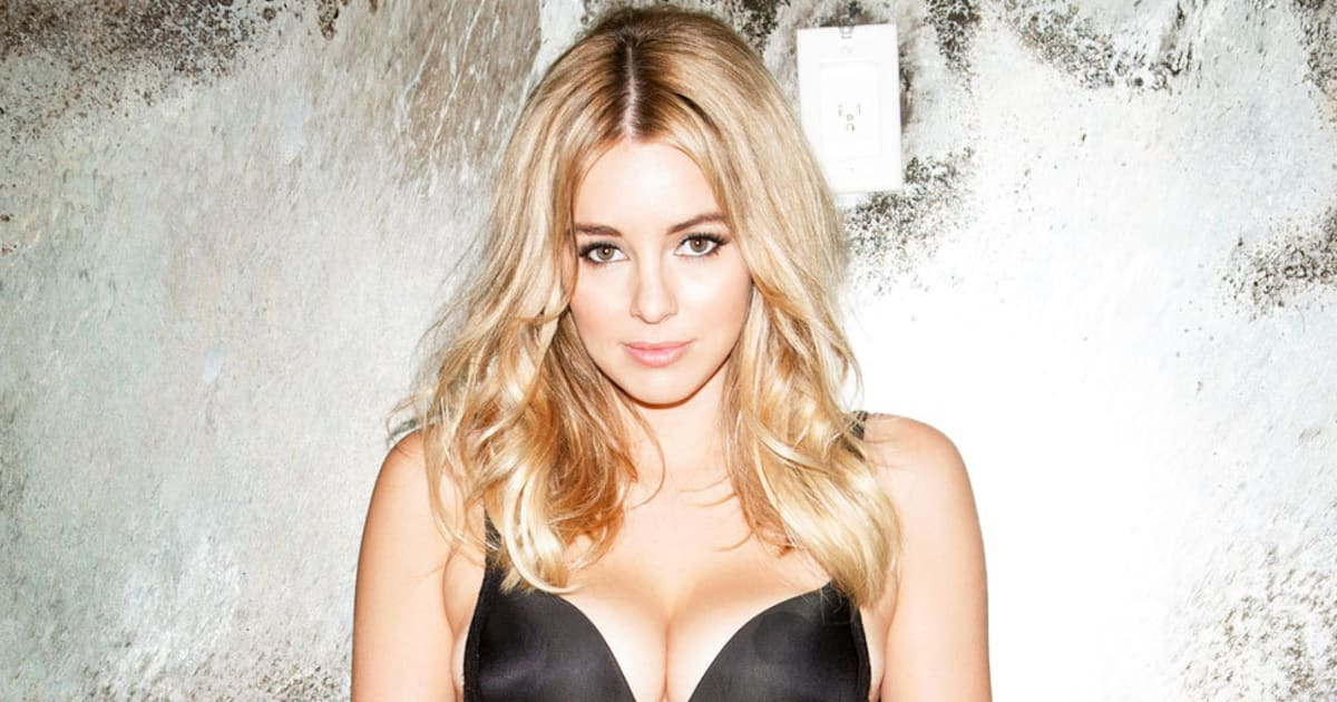 keeley hazell 39 i auditioned for 39 fifty shades of grey 39 film 39. Black Bedroom Furniture Sets. Home Design Ideas