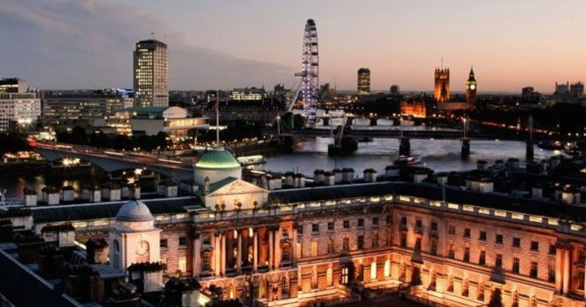 A Fresher's Guide To King's College London - Strand Campus