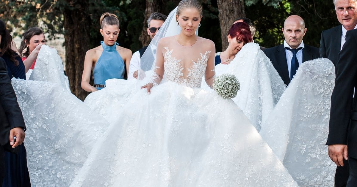 d275b8c76bd3 Victoria Swarovski s Wedding Dress Weighed 46kgs And Was Covered In ...