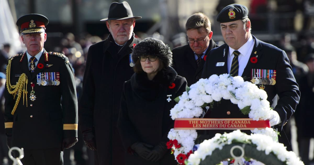740975658fb Remembrance Day 2018 Ceremony In Ottawa Features White Wreaths Instead Of  Red