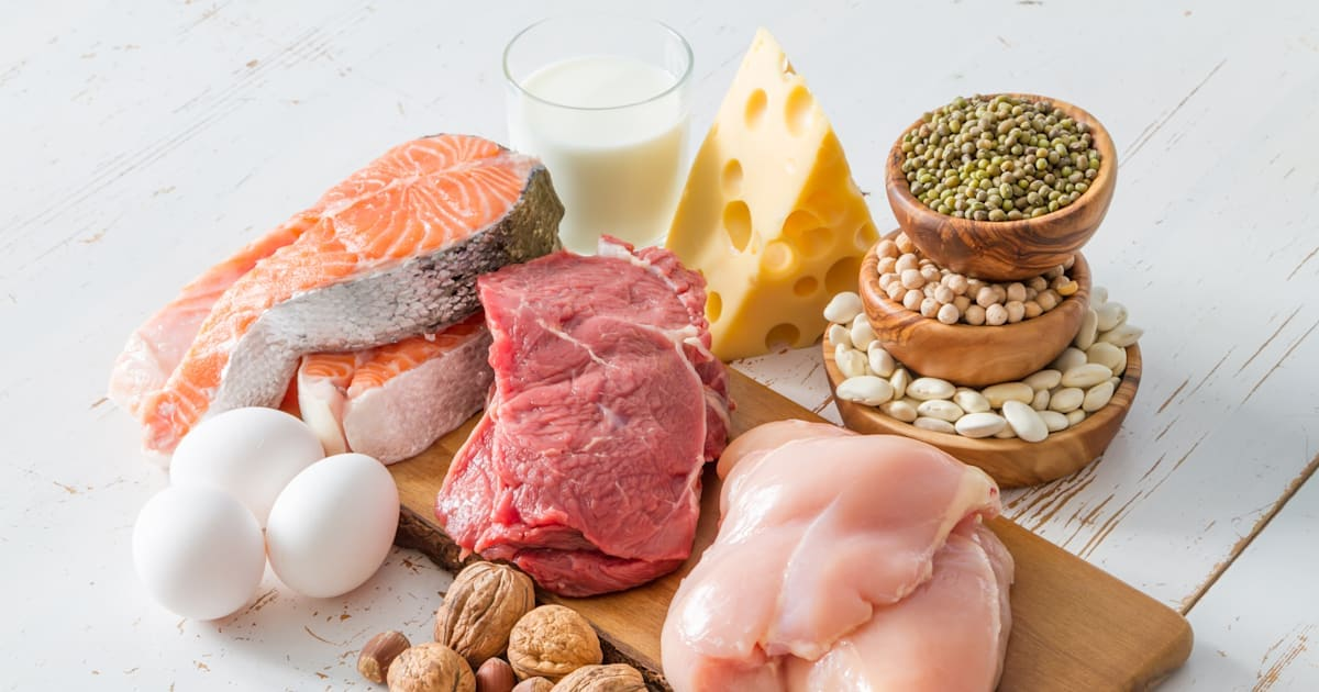 How Much Protein In Eggs Chicken Tuna Beef Dairy And Nuts