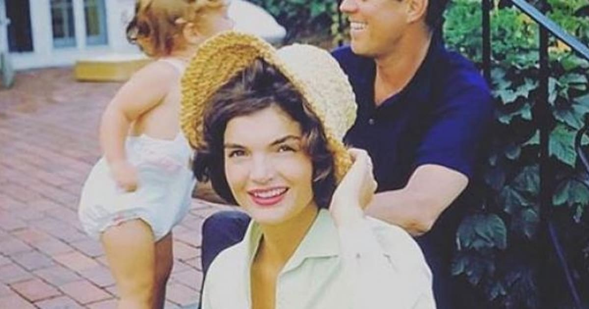 Celebrity Lookalike Jackie Kennedy S Granddaughter Is Her Spitting