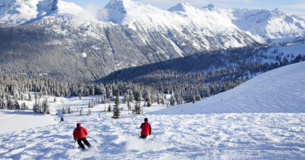 0cb9e59d2905 13 Of The Best Ski Hills In Canada