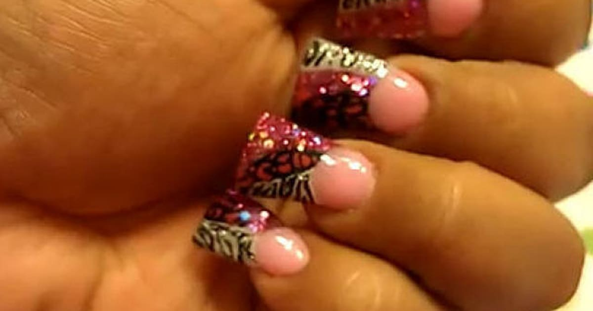 Minute 16: The Ugliest Nail Trend We\'ve Ever Seen (PHOTOS)