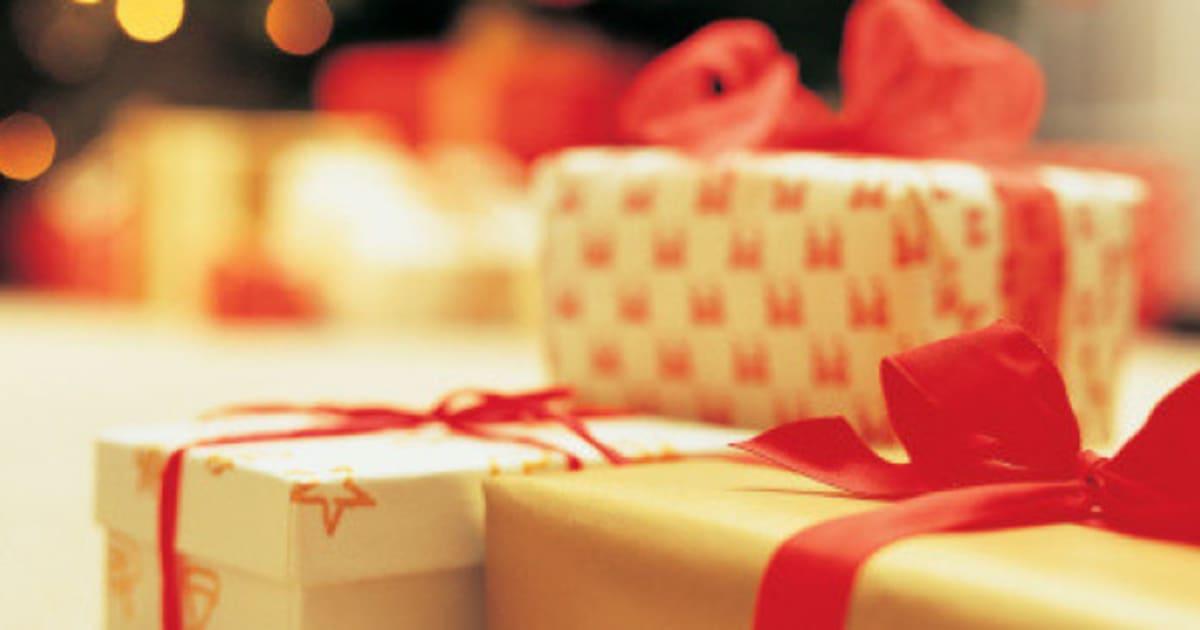 Die 10 besten Weihnachtsgeschenke, um Frauen glücklich zu machen