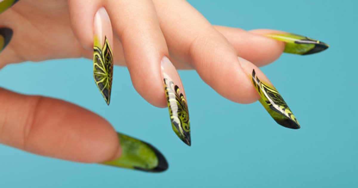 How Do Women With Long Nails Wipe Their Bottoms? Well, The Internet ...