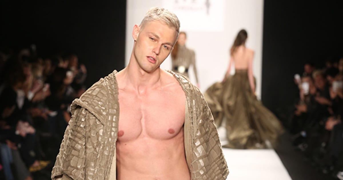 naked models Fully