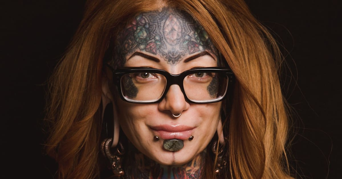 tattooing and piercing: the body as a site for performing the self essay Ornamental body alteration, tattooing and skin piercing has played a various human cultural traditions since antiquity in the united states.