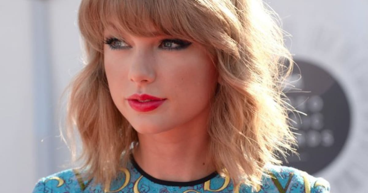Taylor Swift Lob Haircut How To Get The Long Wavy Bob Look At Home