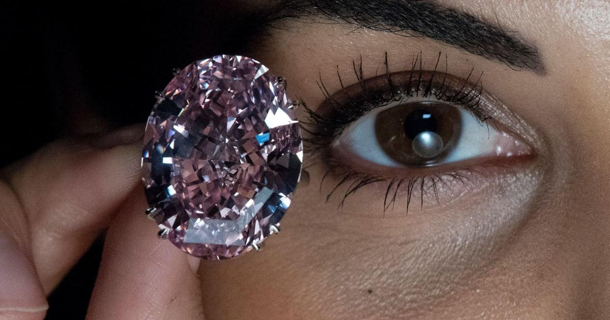 «Pink Star»  Το τεράστιο ροζ διαμάντι που πρόκειται να γίνει το πιο ακριβό  στην ιστορία  4b416914ab5