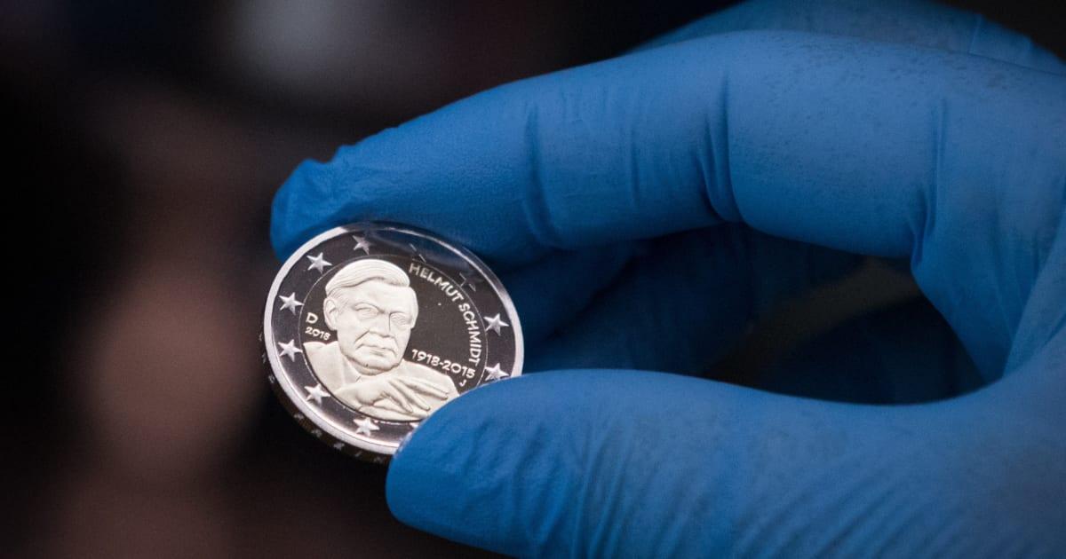 Ab 2018 Gibt Es Altkanzler Helmut Schmidt Auf Der 2 Euro Münze