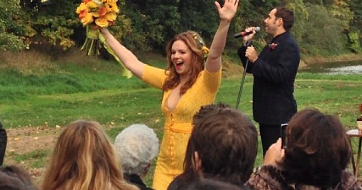 Amber Tamblyn Wedding.Amber Tamblyn Dress Is Yellow And Pink And Green The New