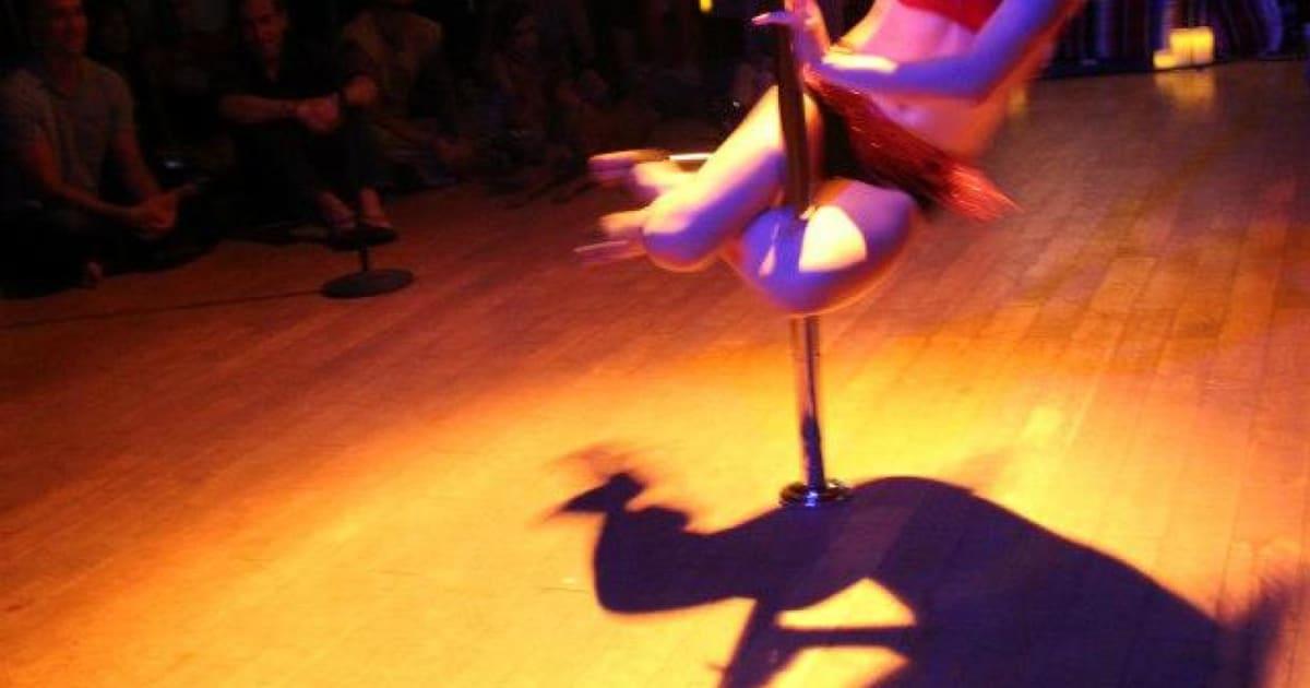 Dancer Lindsay Mills is NSAs PRISM Whistleblower Edward
