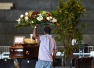 Effondrement du pont Morandi à Gênes: des funérailles d'État sur fond de