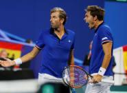 Coupe Davis 2018: Julien Benneteau et Nicolas Mahut balaient l'Espagne et se hissent en