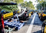 Los taxistas de Barcelona piden perdón por la huelga pero dicen que se vieron