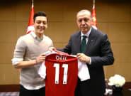 Mesut Özil s'explique pour la première fois sur sa photo avec Recep Tayyip Erdogan avant le Mondial