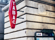 À Paris, quelqu'un a installé une enseigne