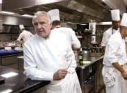 Alain Ducasse privé de restaurant à la Tour Eiffel, symbole de la France qui n'aime pas ceux qui