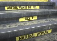 En hommage à Aretha Franklin, le métro de New York se pare d'un décor
