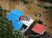 India Floods: Hundreds Of People Killed In Kerala As Rescuers Pluck People From