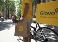 Los repartidores de Glovo denuncian a la empresa por su condición de falsos