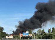À Thiais, un incendie perturbe la ligne du RER C et la ligne