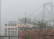 Se desploma un viaducto en Génova y varios vehículos caen al