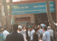 Demonetisation: DU Students Study For Exams In ATM Queues As Landlords Insist On Rent In