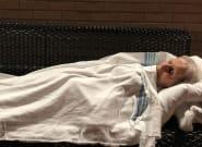 Quebec Senior Sleeps On Bench Due To Lack Of ER