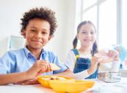 Petit-déjeuner gratuit dans les écoles : Que donner aux enfants en fonction de leur