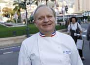 Joël Robuchon aimait marier le caviar et le chou-fleur, mais il chérissait tout autant le côté bistro